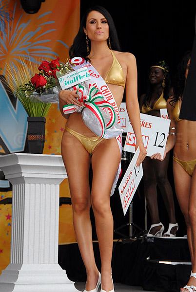 Chin bikini international haylie